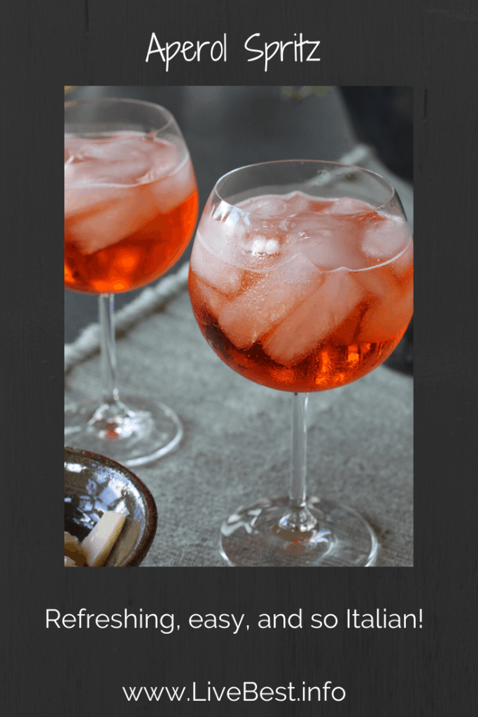 2 glasses with Aperol Spritz