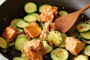 Salmon Zucchini Linguini | Canned salmon has all the health bennies for a super fast meal. www.LiveBest.info