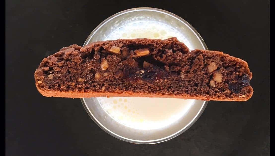 Chocolate Cherry Almond Biscotti | LiveBest