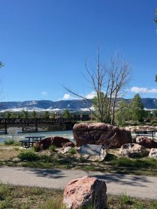 North Platte River | Wyoming resident and author of Your 6-Week Guide to LiveBest shares favorite things to do in Casper. www.LiveBest.info