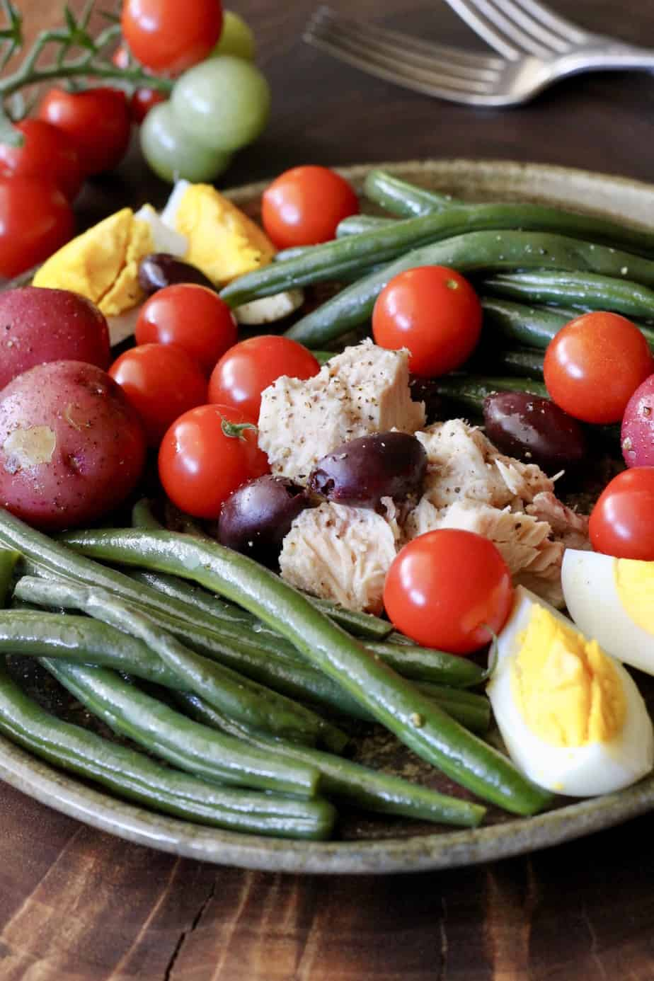 Nicoise salad with tuna, green beans, potatoes, eggs and tomato