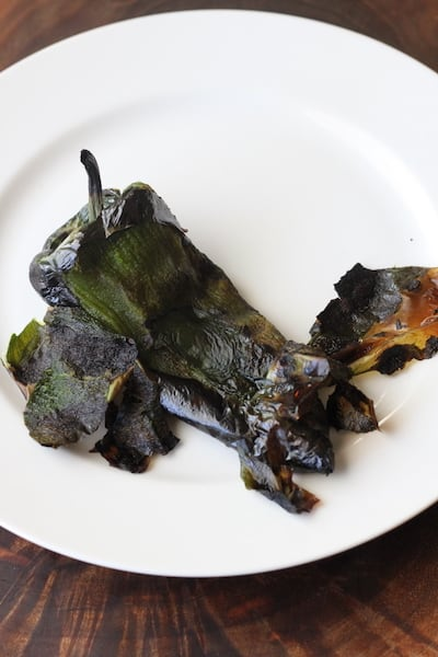 Peelng roasted peppers